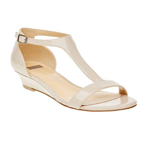 Sandali da donna con cinturino sul collo del piede bata, beige, 561-8407 - 13