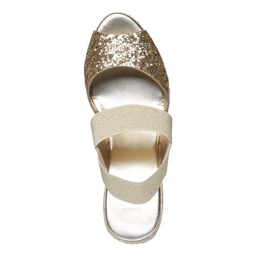 Sandali da donna con plateau bata, beige, 769-8548 - 19