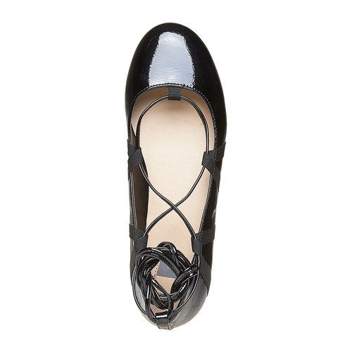 Ballerine da donna verniciate con lacci bata, 521-0142 - 19