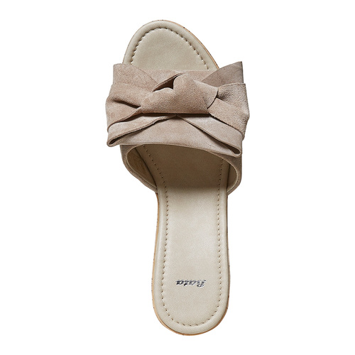 Slip-on da donna in pelle con plateau bata, beige, 763-8234 - 19