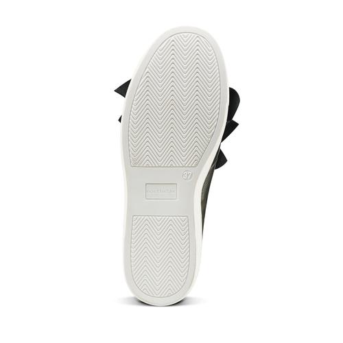 Sneakers in pelle con volant north-star, nero, 514-6135 - 17